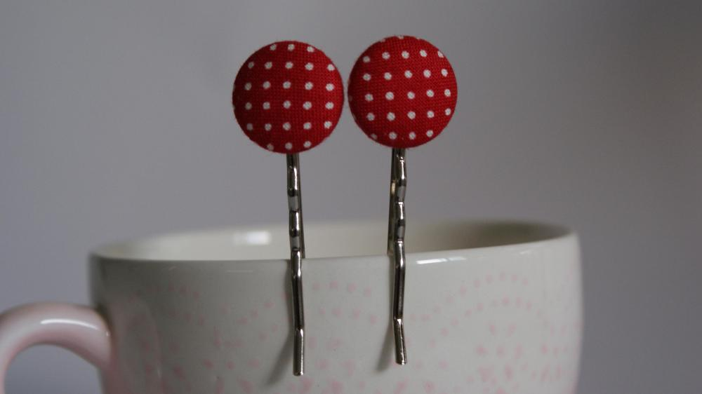 Red polka dot bobby pins