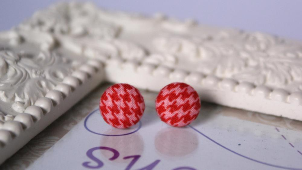 Red and Pink Houndstooth button earrings